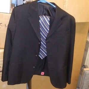 Other - Charcoal young mens 2 piece suit with tie